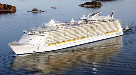 世界最大の超豪華客船