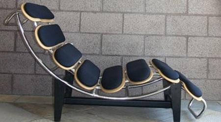 ミッドセンチュリーの家具を再解釈