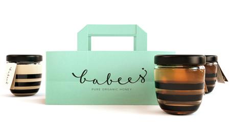 シンプルを極めた蜂蜜瓶のデザイン
