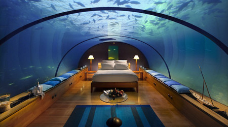ラグジュアリーな海中ホテル
