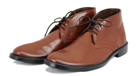 まるで革靴 スーツに合うオシャレなレインブーツ