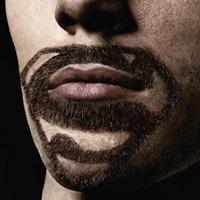 新たなアート?髭でスーパーヒーローを表現
