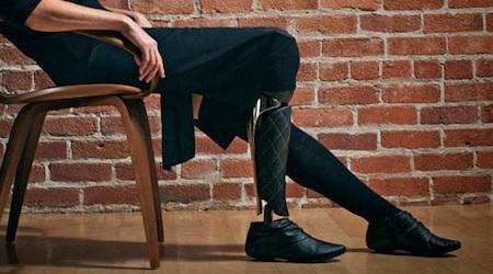 ポジティブに魅せる義足